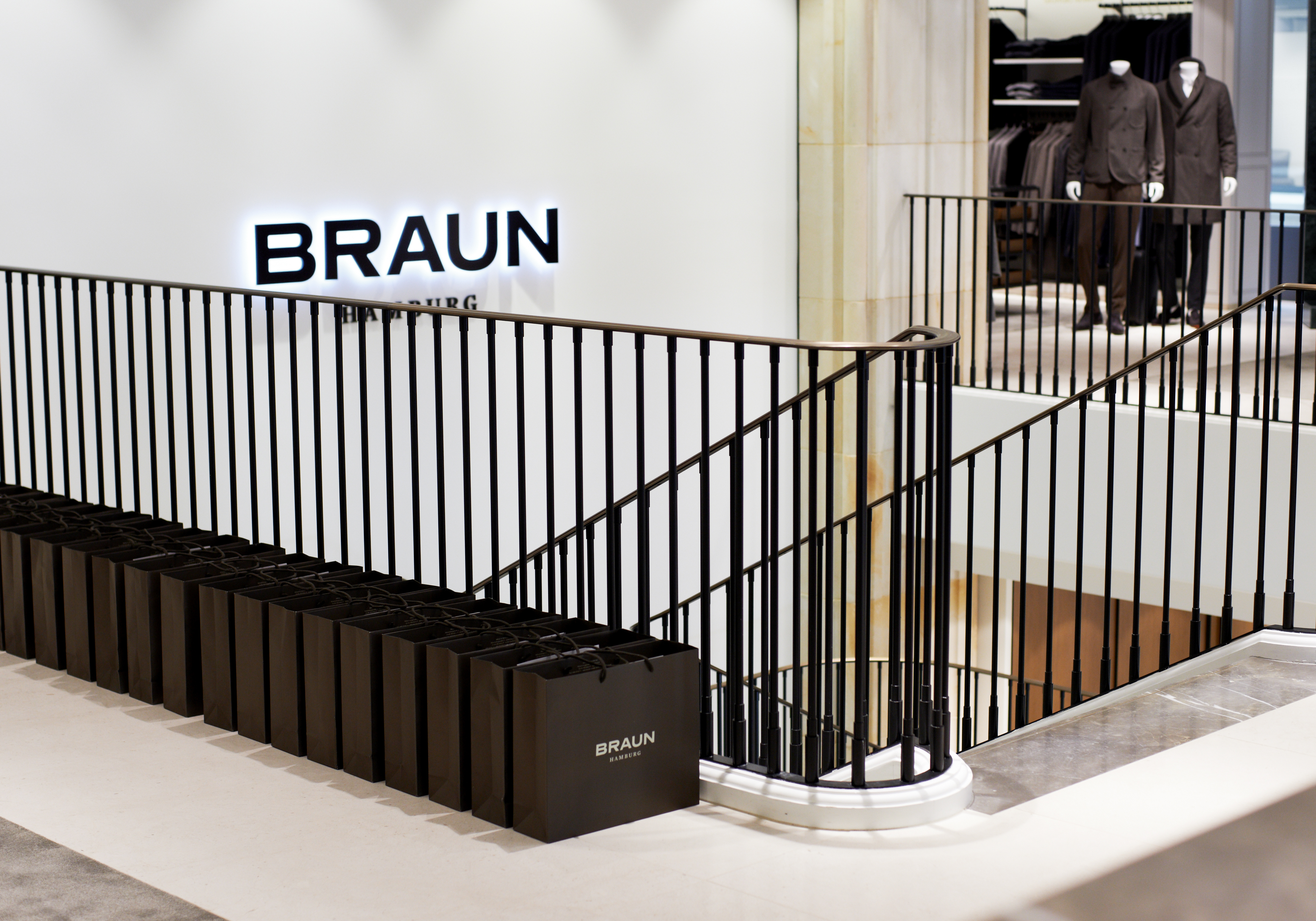 braun-hamburg-fashion-store-