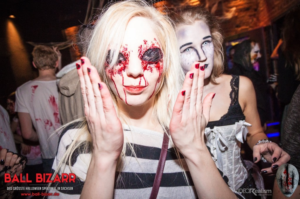 halloween-party-ball-bizarr-2015-11