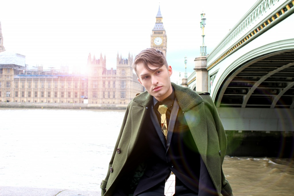 Goldene Krawatte London Fashion Week Look Mister Matthew